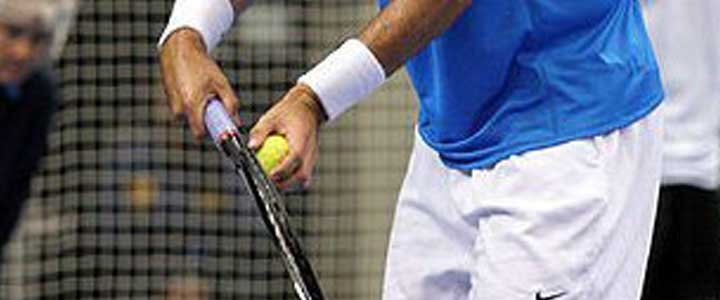A photograph showing Pete Sampras holding his serve grip.