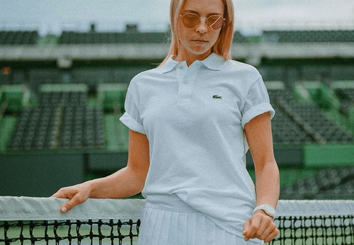 Anett Kontaveit - Tennis Skirt Outfit with Oversized Polo or T-Shirt