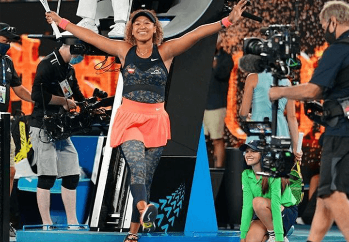 Naomi Osaka - Tennis Skirt Outfit with Leggings