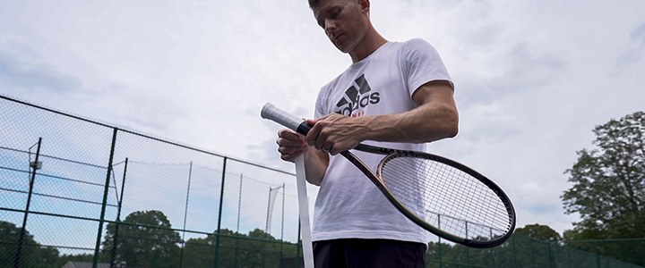 Wilson Blade 98 v8 Playtest & Review: Gripping Racquet