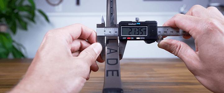 Wilson Blade 98 v8 Specs: Beam Measurement